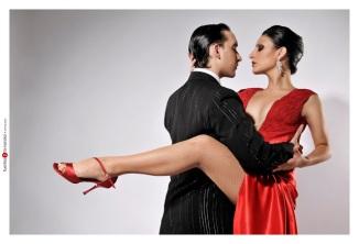 tango oreja