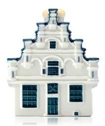 Réplica de porcelana de la Casa Oudheidkamer para el 94 aniversario de KLM