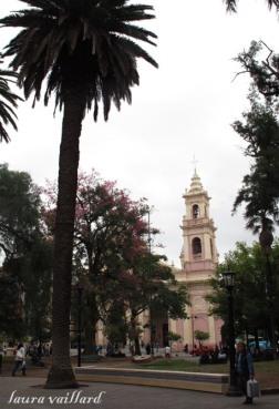Catedral de Salta vista desde la Plaza 9 de Julio